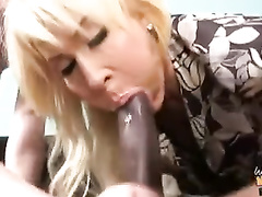 BBC is the best friend of fragile mature mom and stepdaughter
