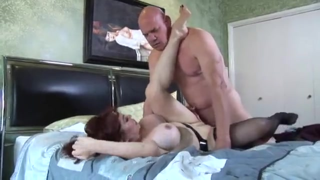 Cougar mommie getting fucked by brutal old bull