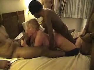 My black bullies gangbang my blonde mommy